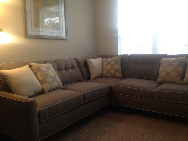 Groovy Cindy Crawford Gray Fabric Sectional Sofa With Throw Pillows Evergreenethics Interior Chair Design Evergreenethicsorg