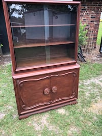 Beautiful antique China hutch  Moultrie, 31788