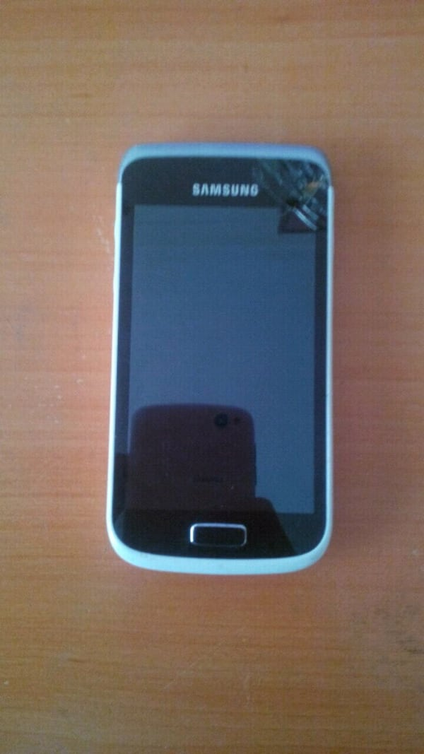 Samsung Galaxy Wonder 0