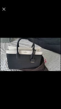 Authentic Kate Spade Purse with crossbody strap Milton, L9T 2R1