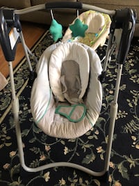 Baby Graco swing  Middletown, 17057