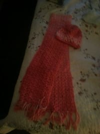 Hand made hat and scarf. Killeen, 76549