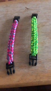 Paracord bracelet. Can make in any color