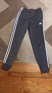 gray boys adidas pants size: medium 10-12  Washington, 20024