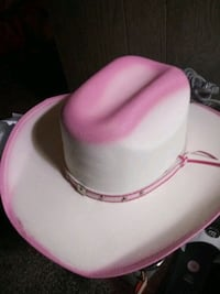 cowgirl hat size small New Caney, 77357