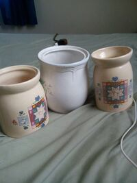 three white and beige ceramic oil diffusers Louisville, 40216