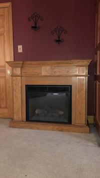 Gently used electric fireplace with heat. Has remote. Paid 500. Smithtown, 11787