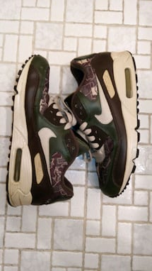 Nike air max boys sz6