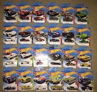 Lot of 24 Hot Wheels 2018 diecast Vehicles all-4-1 price Saskatoon, S7K 6P9