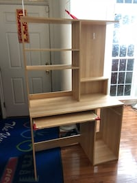 Desk. You haul. Will not take apart. As is. Still good condition Lorton, 22079