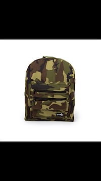 Brand new camo backpack Falls Church, 22041