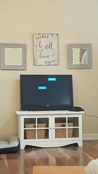 Like new TV stand  Clarksville, 37042