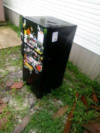 black and red wooden cabinet Houma, 70363