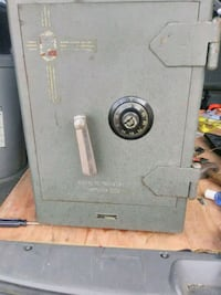 fire safe old antique approximately 200 lb not cheap Sioux Falls, 57104
