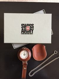 Nib swiss army pocket watch with chain and leather pouch Shreveport, 71119