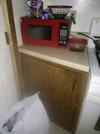red and white microwave oven New Castle, 16101