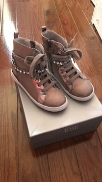 Girls Stuart Weitzman high top shoes - size 13 Mississauga, L4Z 0B4