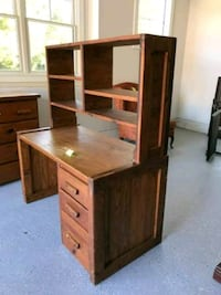 brown wooden desk with hutch Centreville, 20121