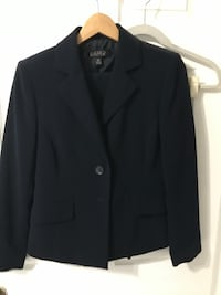 Women's pants suit -Size 4 - Navy Blue Slightly used  Hollywood, 33020