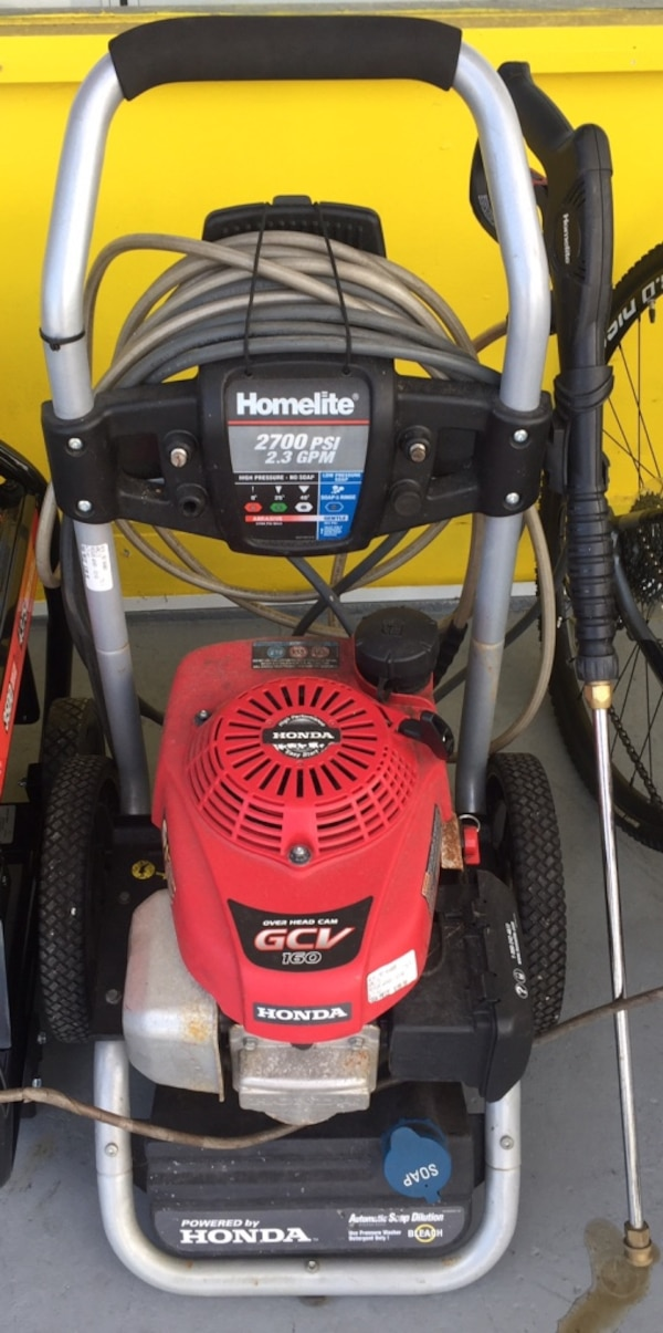 Homelite 2700psi Pressure Washer 1