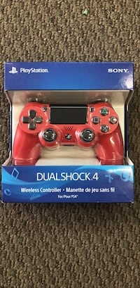 PS4  Wireless Controller , DUALSHOCK 4 , with headphone jack and bulit in speaker , Multi touch clickable pad Toronto, M9V 2X6