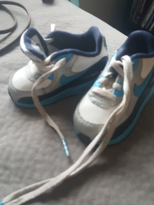 promo code 0a1cf 92df6 Used blue-purple-and-white Nike Air Max 90 shoes for sale in Taylor - letgo
