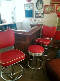 bar stools with red round table Wentzville, 63385