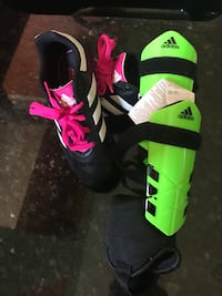 Soccer size 11 shoes with small shin guards Lewisville, 75067