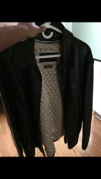 genuine leather jacket size extra large mint condition  Toronto, M9V 1N7