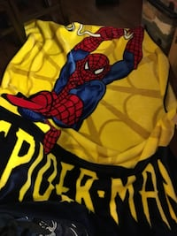 Spider-Man blanket fits double bed Toronto, M3M 0A2