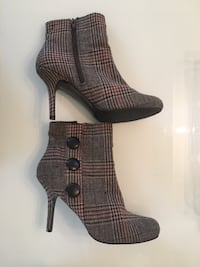 Women's  ankle boots Calgary, T2R 1C8
