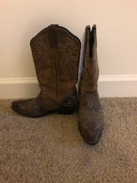 Cowgirl Boots Norfolk, 23513