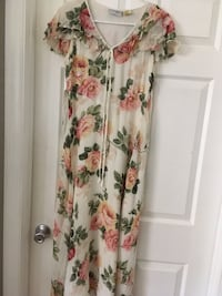 white and pink floral scoop-neck dress Port Saint Lucie, 34953
