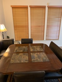 Marble breakfast nook set 14 mi