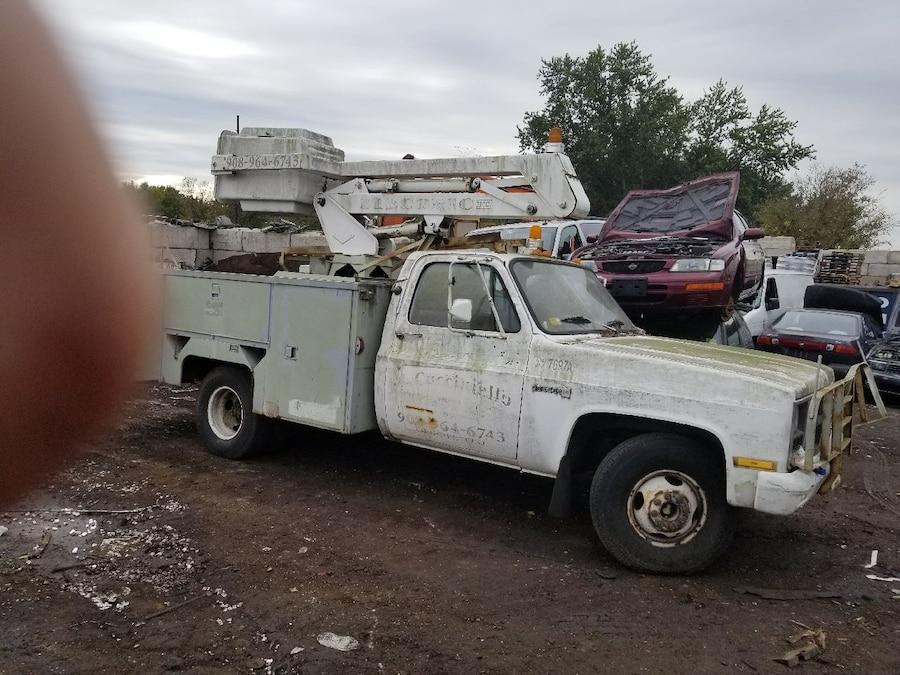 wanted Dead Or alive junk cars trucks cash paid on in Green Brook ...