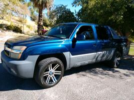 2003 Chevrolet Avalanche 2WD 1500 Series