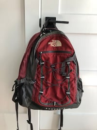 North Face Borealis hiking trail school backpack - Excellent condition Washington, 20003