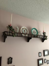 Bombay Compamy plate rack, excellent condition