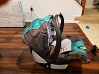 baby's black and blue car seat carrier Odenton, 21113