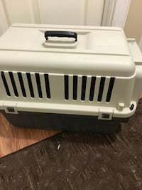 White and black plastic pet carrier Rockville, 20850