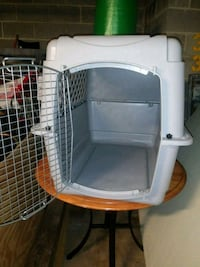 white and gray pet carrier 36 km