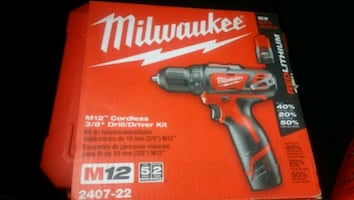 Milwaukee Electric Screwdriver Set