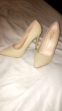 Front point heels Tampa, 33615