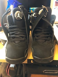 Jordan 8 chrome size 6Y great condition  Toronto, M3M 1C8