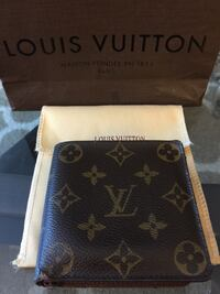 Louis Vuitton Marco bifold Wallet Richmond, V7A 1H2