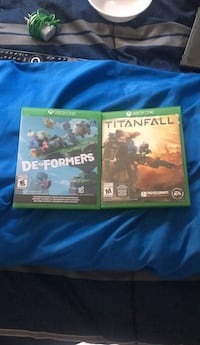 Two xbox one game cases Pitt Meadows, V3Y 1P3