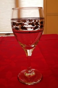 12 HOLIDAY WINE/WATER GLASSES Fairfax Station, 22039