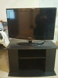 Samsung Tv with HDMI port and tv stand 38 mi
