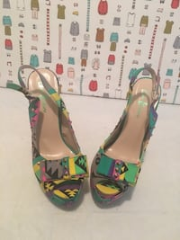Multi Color Spike Shoes/ Size 8 Summerville, 29486