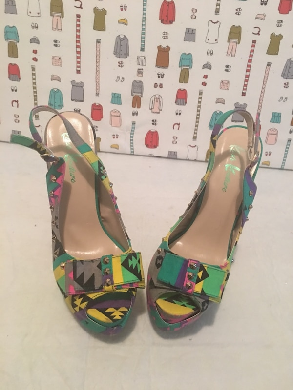 Multi Color Spike Shoes/ Size 8